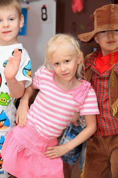 Детский фотограф Барнаул Вячеслав Губенин Новогодний утренник в детском саду