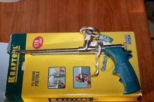 Такой пистолет позволяет обойтись всего 1 баллончиком с пеной.